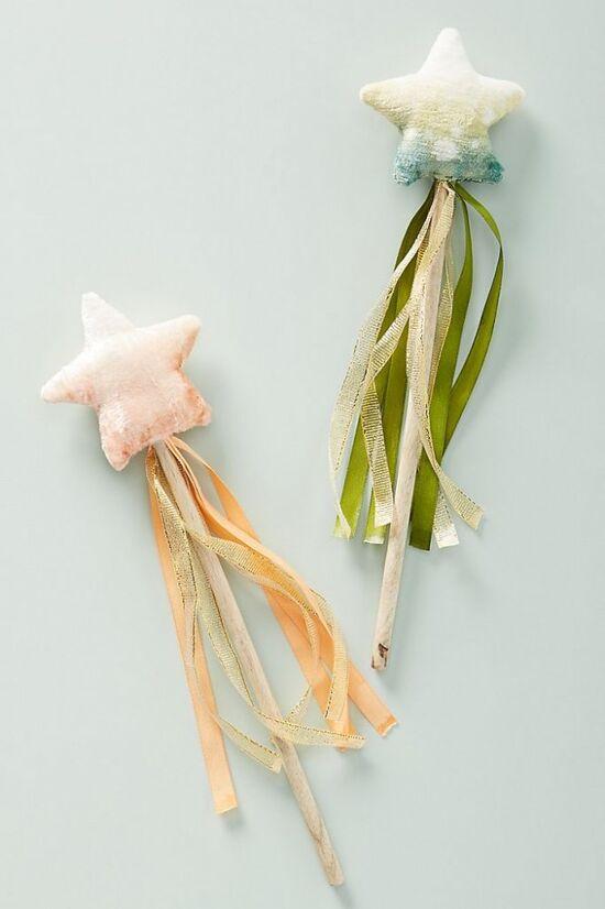 Flower-Dyed Velvet Magic Wand