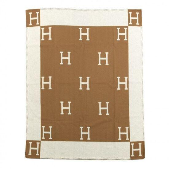 HERMES Wool Cashmere Avalon Blanket Ecru Camel | FASHIONPHILE