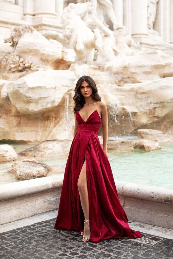 Terina - Wine Red