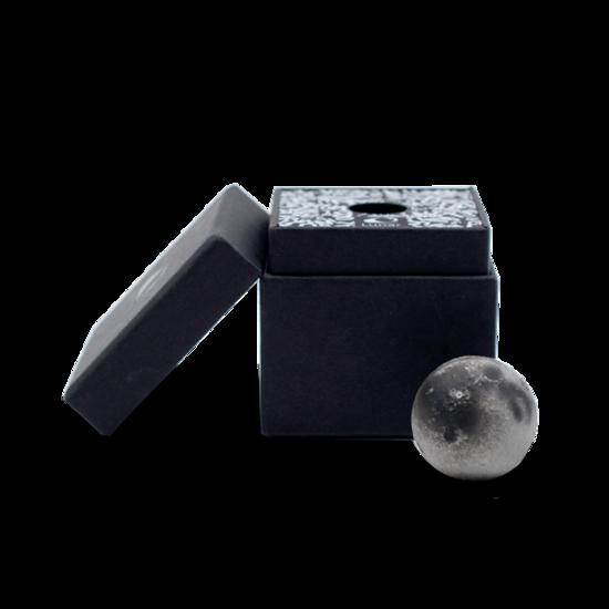 LUNAR Mini  Augmented Reality Moon