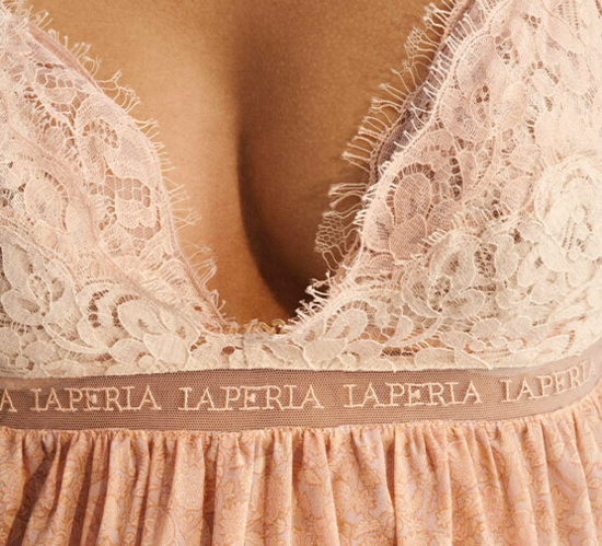 Push-up Bra in beige Lycra with embroidered tulle