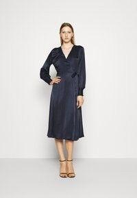 Bruuns Bazaar SOFIA NOORA DRESS  - Vardagsklänning - navy/mörkblå - Zalando.se